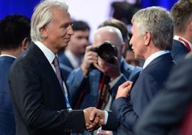 Руководители «НОВАТЭКа» и «Газпром нефти» возглавили «СИБУР»