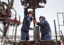 ФНС выдавливает с рынка крупную буровую компанию ХМАО
