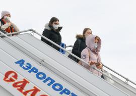Власти ЯНАО заявили о сокращении авиаперевозок на 90%