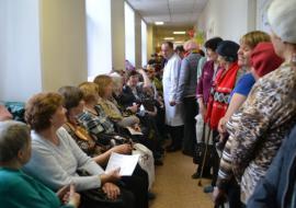 Высокинский потребовал от Горздрава ликвидировать очереди в поликлиниках Екатеринбурга