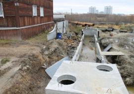 Жители барака в Салехарде сообщили об опасности обрушения дома