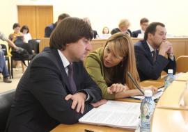 Тюменские чиновники оставили во дворах 380 миллионов