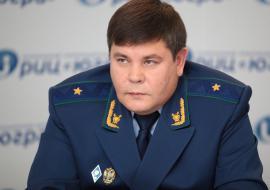 Кондратьев отправил в Троицк прокуроров за отоплением и уголовными делами