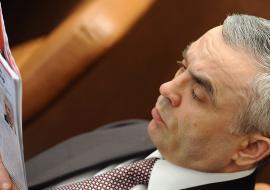 Суд остановил утечку 200 млн Круглогорского ГОКа в офшор экс-сенатора от ХМАО