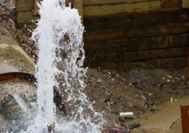 В Кургане из-за аварии отключили водоснабжение в детсаду и школе-интернате