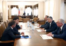 Глава РЖД обсудил с Куйвашевым модернизацию железнодорожного вокзала в Екатеринбурге