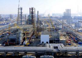 «Уралхиммаш» поставит «Газпром нефти» оборудование для глубокой переработки сырья