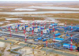 «Дочка» «Газпрома» прекратила вахту на крупнейшем месторождении ЯНАО из-за угрозы коронавируса