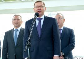 Глава Минстроя РФ Владимир Якушев заболел коронавирусом