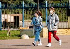 В Свердловской области более 2800 человек находятся под наблюдением медиков из-за коронавируса
