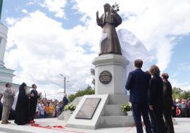 Куйвашев открыл памятник княгине Елизавете Романовой