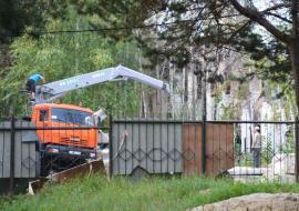 В Сургуте за 99 тысяч сносят заброшенный тубдиспансер