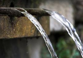 Роспотребнадзор ограничил Троицк в питьевой воде