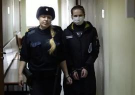 Облсуд отправил челябинского депутата Алесю Субботину под домашний арест