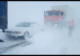 В ЯНАО из-за снежного шторма закрыты аэропорты Нового Уренгоя и Салехарда