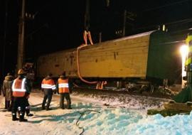 Под Тюменью сошедший с рельсов вагон заблокировал движение поездов на 6 часов