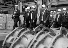 Партнеры выбивают долги с «ЧТЗ-Уралтрак» на фоне рассуждений Текслера и Потапова о развитии