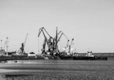 Транспортировка грузов по Северному морскому пути для будущей станции на Чукотке
