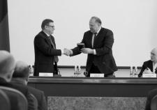 И.о. губернатора Челябинской области Алексей Текслер и полпред президента в УрФО Николай Цуканов