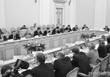 Тюменские власти отправили чиновников работать на трассу