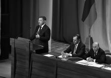 Якушев сообщил Тюменской облдуме о своих незавершенных проектах