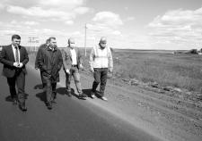 Губернатор Курганской области Вадим Шумков инспектирует ремонт дорог