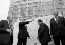 Дубровский перевел челябинский стройрынок на ручной режим управления. 4 тысячи дольщиков ждут от губернатора жилья