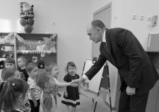 Губернатор Челябинской области Борис Дубровский в детском саду