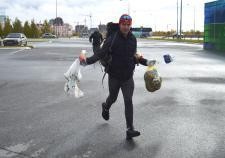 «Югра-Экология» привлекла к забегу за мусором сотни жителей Ханты-Мансийска