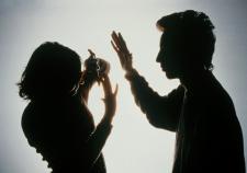 В Ачитском районе мужчина дважды пытался задушить жену