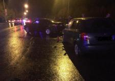 В Нягани на Чернышова водитель «Тойоты» устроил массовое ДТП