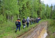 На Урале спасатели ищут пропавшую в лесу семью с 10-летним ребенком