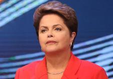 В Бразилии сенат проголосовал за импичмент президента