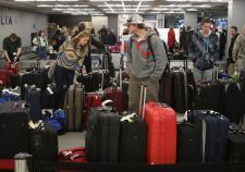 В Кольцово прибыл первый багаж туристов из Египта