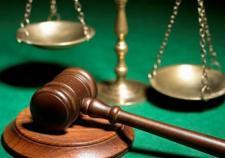 Инспектора ПДН Алапаевска ждет суд из-за насиловавших девочку отца и дедушки