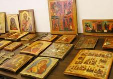 Жительница Кировграда пойдет под суд за похищение икон
