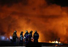 СКР по ЯНАО ищет виновных в гибели 2-летней девочки при пожаре в деревянном бараке