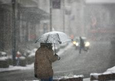 В Екатеринбург пришли тепло и снегопады