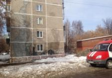 В Екатеринбурге обрушилась стена жилой пятиэтажки