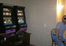 Таджика обвинили в организации подпольного казино в Екатеринбурге
