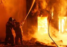 В Полевском пожар унес жизни четырех человек
