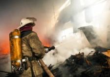 В ночном пожаре в Алапаевске погибли два человека