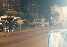 В Тюмени бетономешалка устроила ДТП с 5 автомобилями