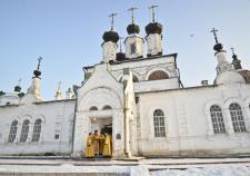 Туроператор отправил жительницу Свердловской области вместо храма в магазин ликеро-водочного завода