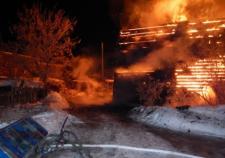 В Березовском задержали подозреваемого в убийстве пенсионера и поджоге его дома