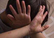 В Екатеринбурге в суд направлено дело об истязании и убийстве опекунами приемного ребенка