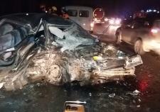 На ЕКАДе «Мерседес» вылетел на встречку. Два человека погибло и три пострадало