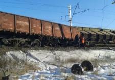 На станции СвЖД с рельсов сошло 8 вагонов