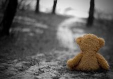 Рухнувшая крыша задавила 3-летнюю девочку в Свердловской области