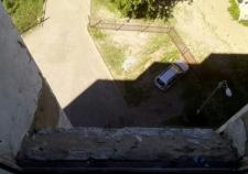 В Перми 12-летняя школьница выпала с 17-го этажа из-за селфи